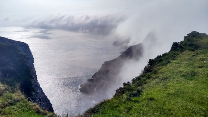 La côte atlantique près des cliffs of Moher
