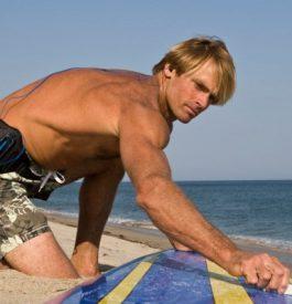 Laird Hamilton, star mondiale du surf, donnera des cours à Lacanau
