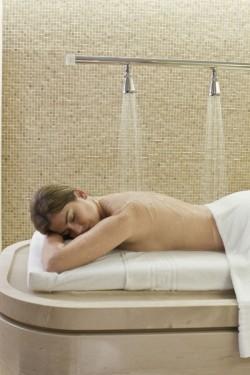 Massage au spa Le Bristol