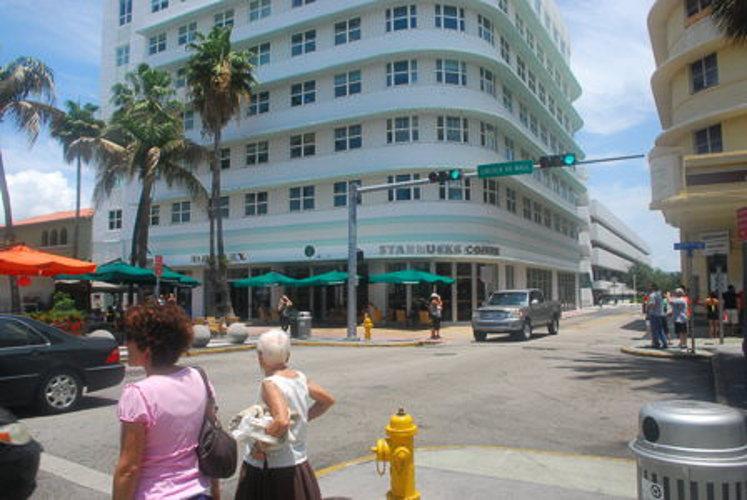 Les rues commencent à s'agiter à Miami