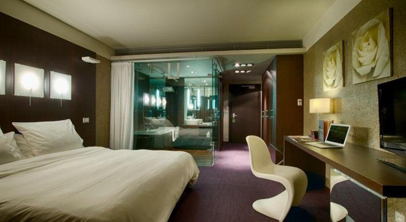Le Rex Hôtel, un hôtel design au cœur des Pyrénées, chambre stylée