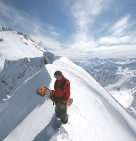 Rejoindre l'espace 100% free-ride du Pic du Midi