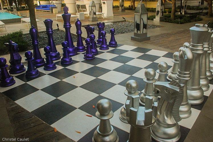Un jeu d'échec géant au Viceroy à Miami