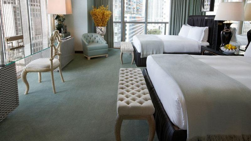 Une chambre de luxe du Viceroy à Miami
