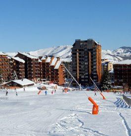 Parcourir la station de ski Ax 3 domaines