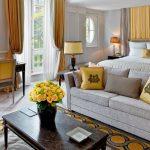 Voyage à l'Hôtel Plaza Athénée à Paris