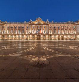 Se rendre au Capitole à Toulouse