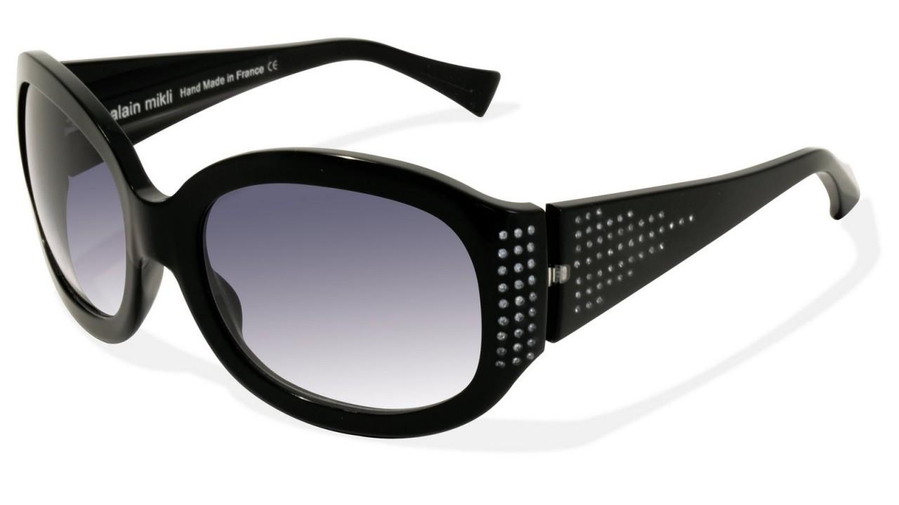 L'indispensable du voyage : une paire de lunette de soleil
