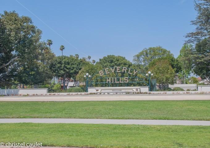 Beverly Hills attire le regard