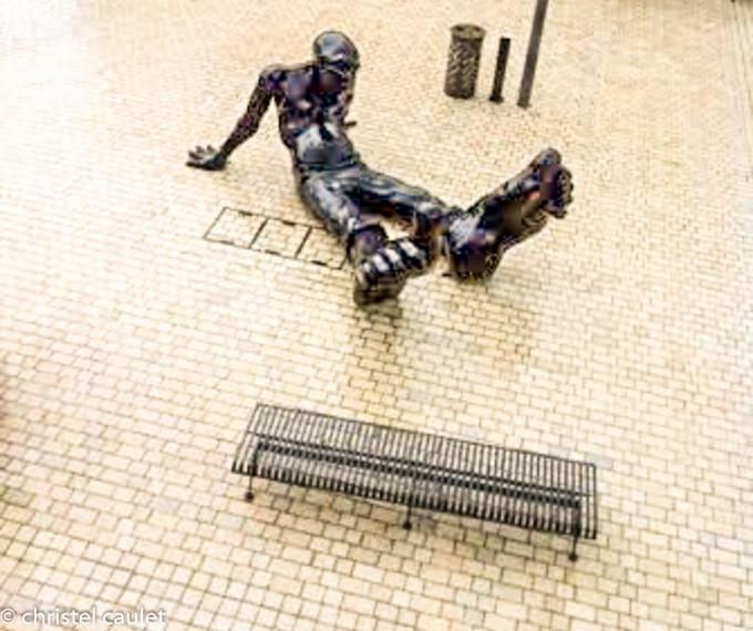 Les sculptures Bigfoot à Nailloux