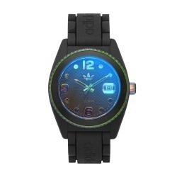 Posséder une montre luxe d'Adidas