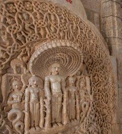 Voyage en Inde, une étape spirituelle à Ranakpur