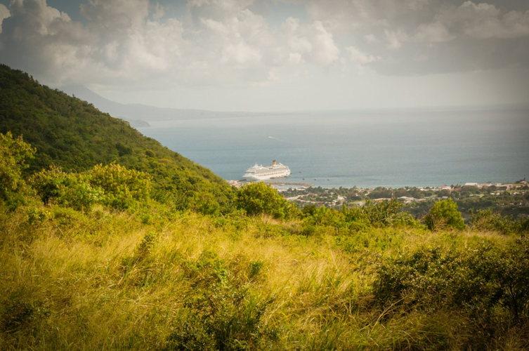 Le Costa Favolosa - montagne de Saint Kitts - costa croisières - caraibes