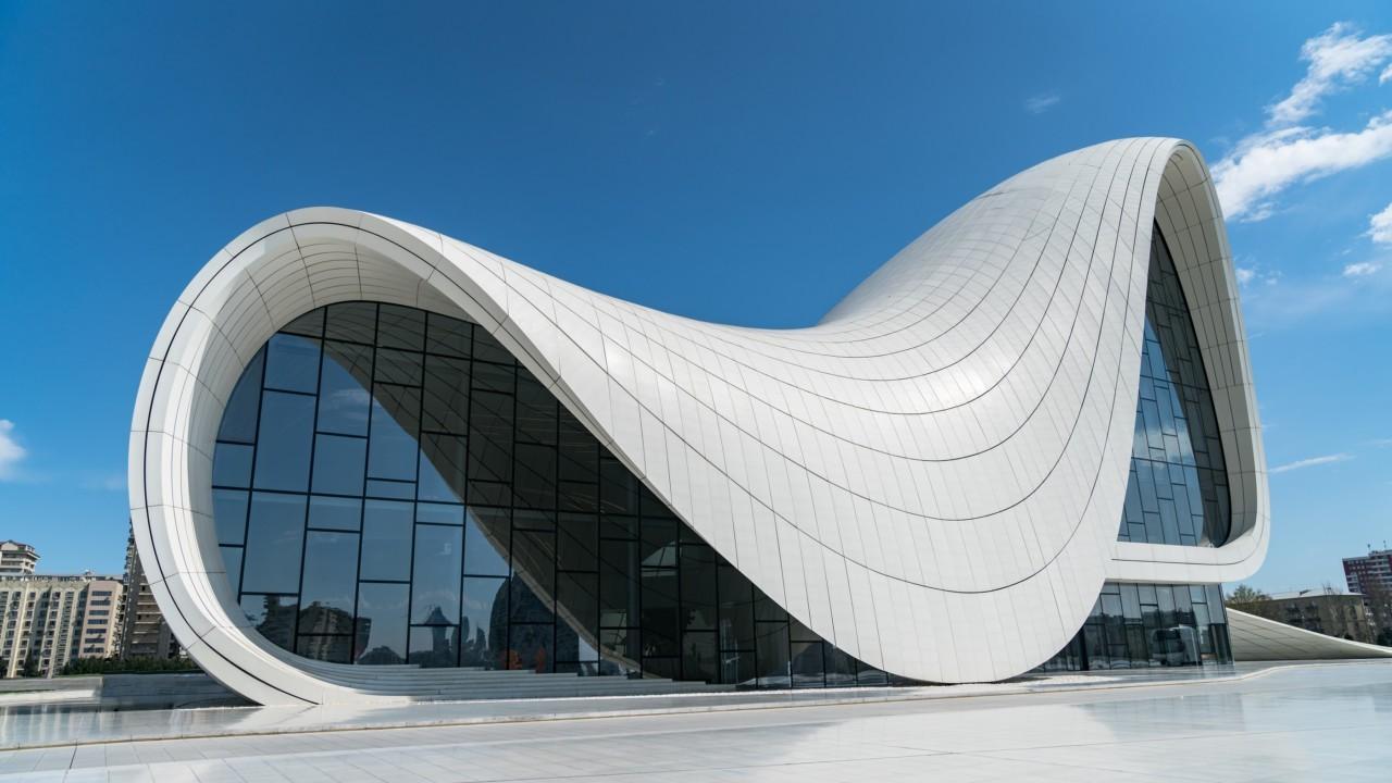Zaha Hadid et sa construction en Azerbaidjan
