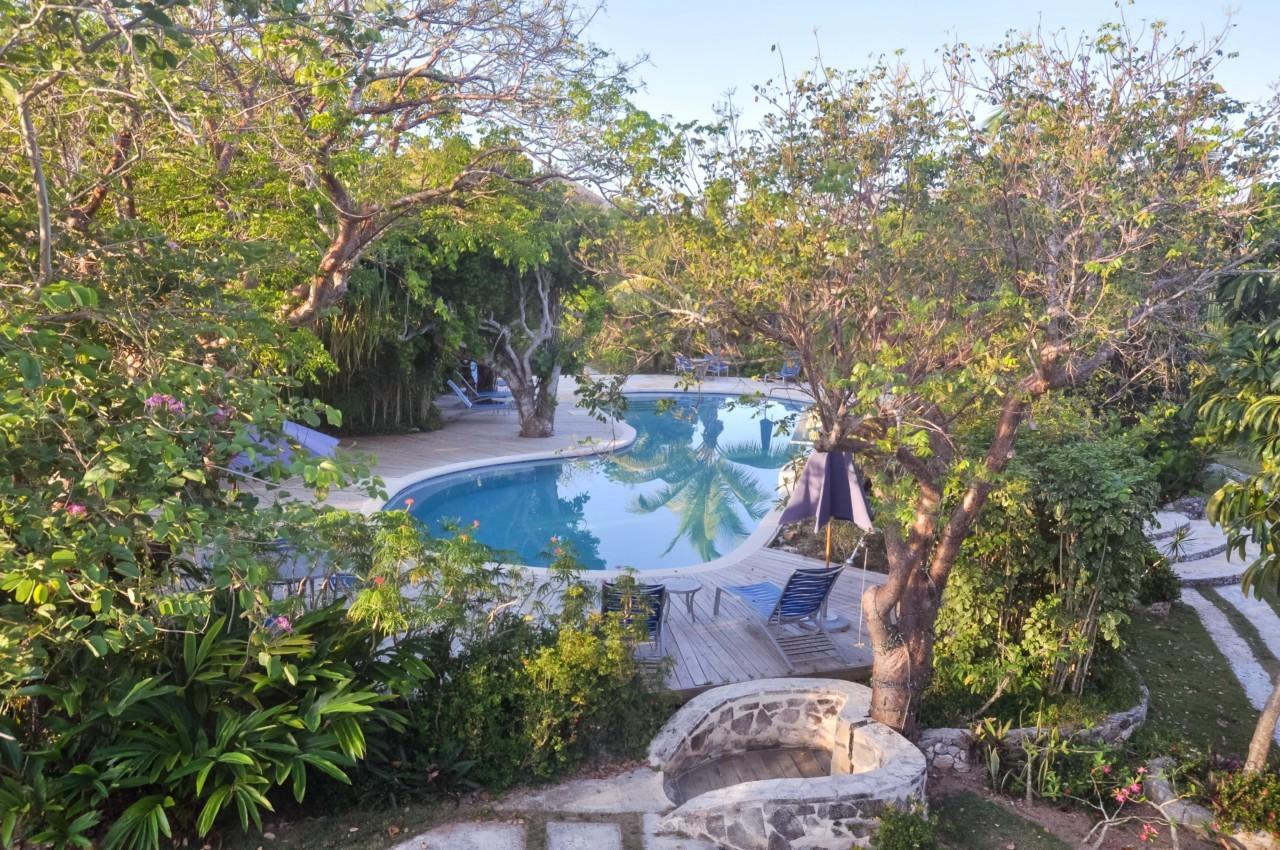 La piscine du Pineapple Fields