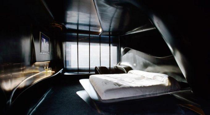 La chambre noire - l'hôtel Puerta América