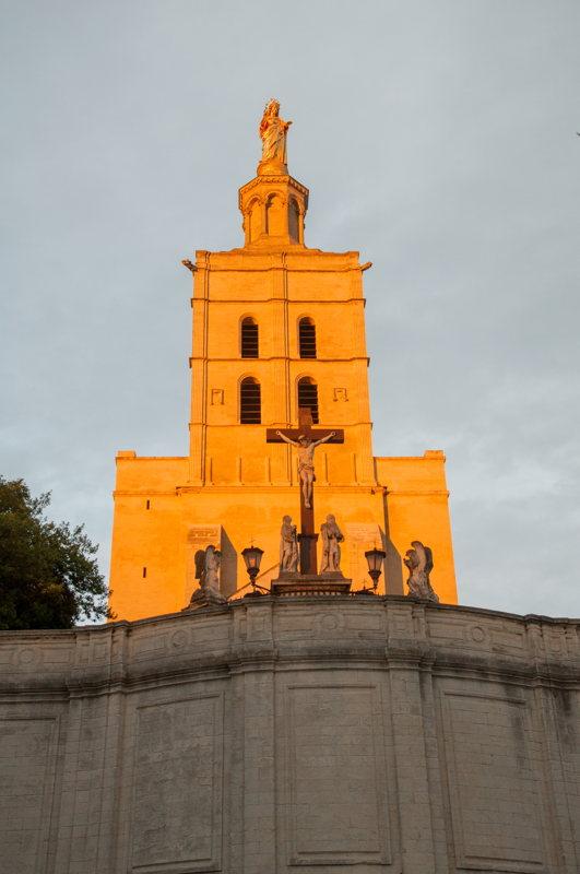 Découvrir Avignon dans le #DivinVaucluse