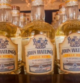 Voyage aux Bahamas dans la distillerie John WatlingsVoyage aux Bahamas dans la distillerie John WatlingsVoyage aux Bahamas dans la distillerie John Watlings