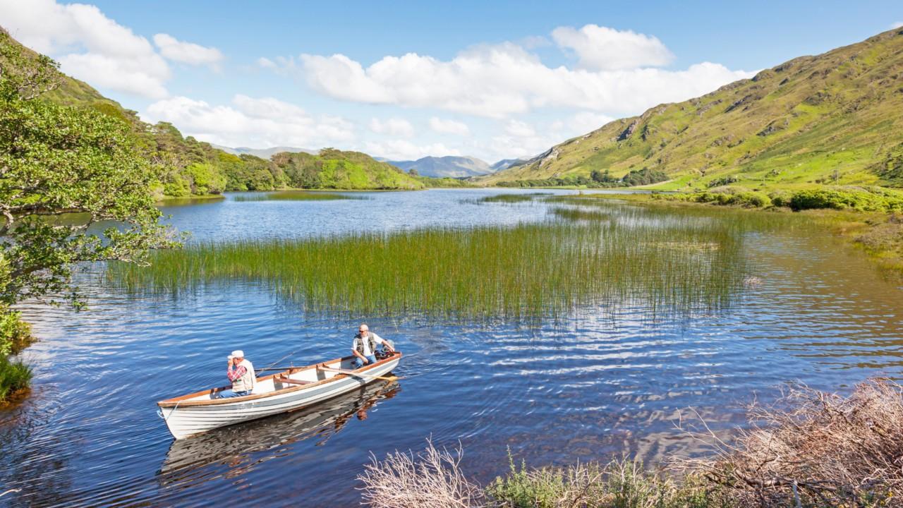 Bateau sur les lacs du Connemara