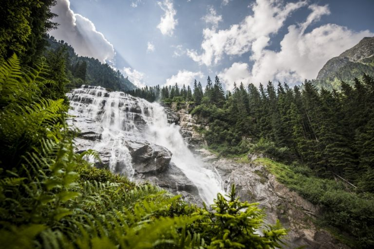Cascade dans la vallée de Stubai - Autriche - Voyage
