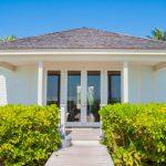 Chercher un hôtel chic aux Bahamas lors d'une étape à Harbour Island