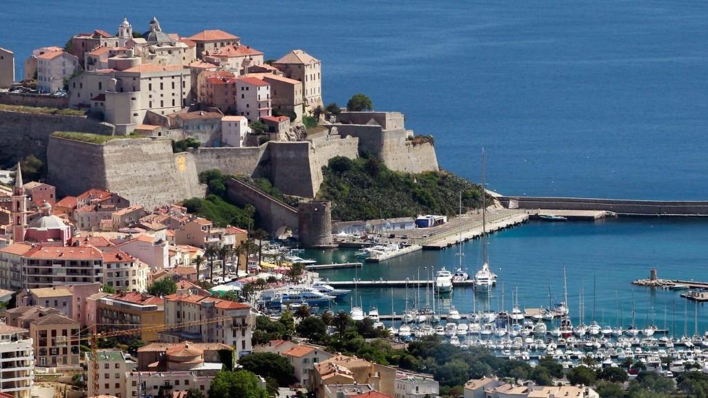 S'offrir une excursion en bateau en Méditerranée