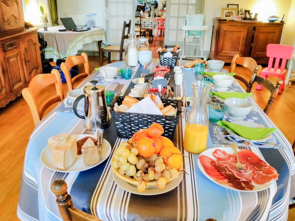 Le petit déjeuner - maison d'hôte - l'Affable des Cammazes