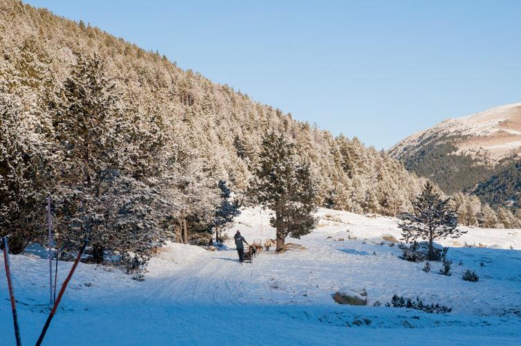 Le grand frisson en voyage en Andorre : paysage enneigé à Soldeu