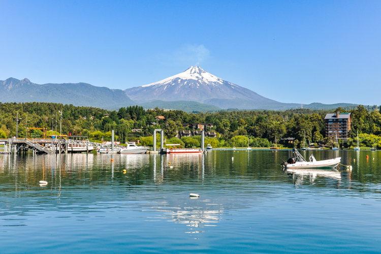 Arriver enfin à Pucon lors d'un road-trip au Chili