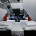Hébergement insolite : Dormir dans le cockpit d'un avion