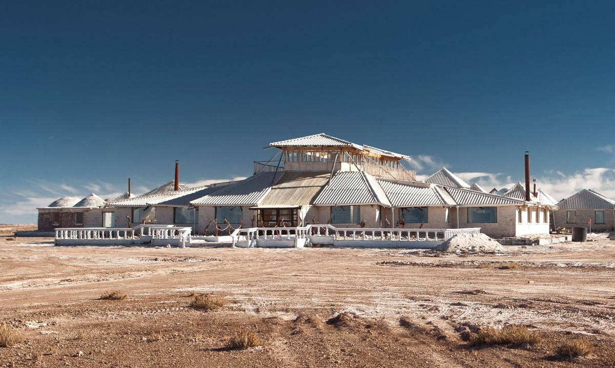 Vue extérieure du Palacio del Sal en Bolivie