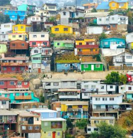 Marcher dans Valparaiso au Chili