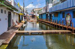 Arrêt à Santarem 'Amazone