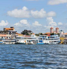 Arrêt à Santarem sur les rives de l'Amazone au Brésil