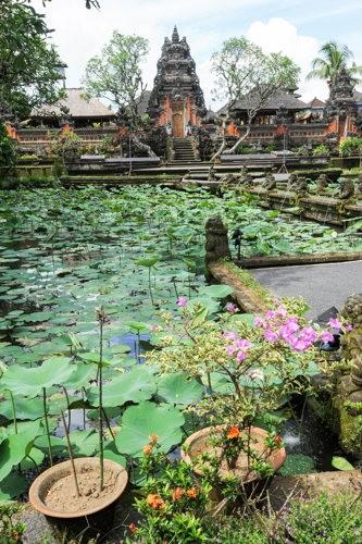 Découvrir un temple à Ubud pour un voyage Bali