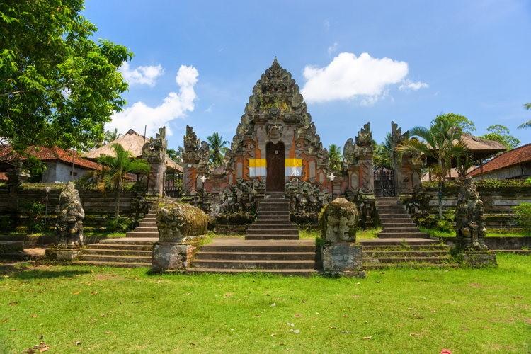 Séjour Bali, découvrir des sanctuaires de temples