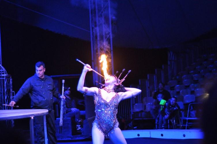 #EnFranceaussi Virée nocturne avec le Cirque Infernal qui nous a mis le feu