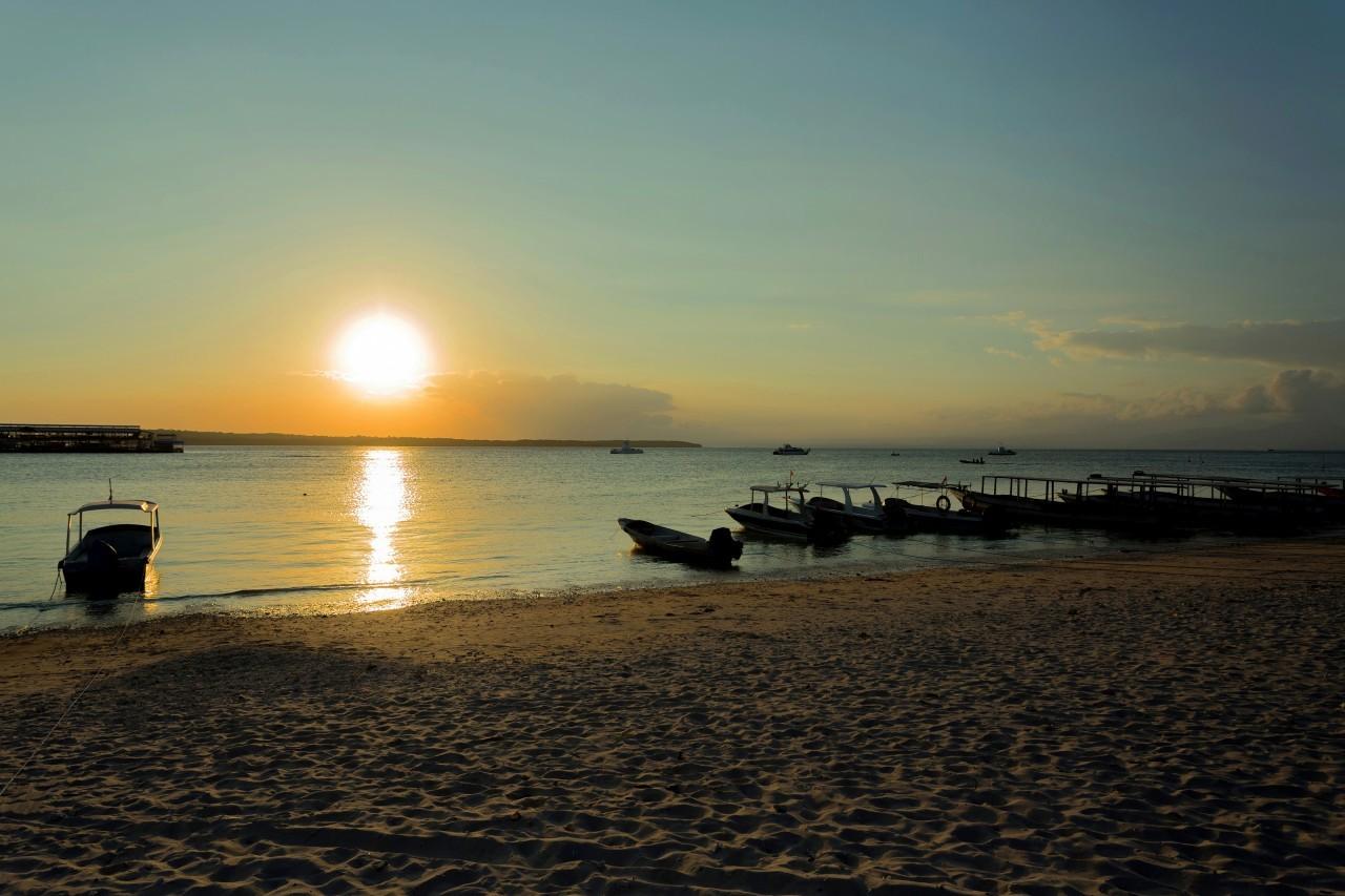 Coucher de soleil à Nusa Cendigan