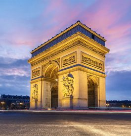 Contempler les plus beaux monuments de Paris