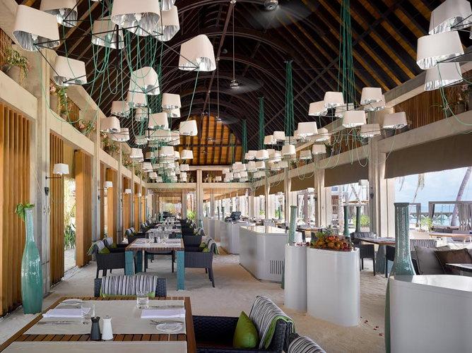 La salle de restaurant aux Maldives