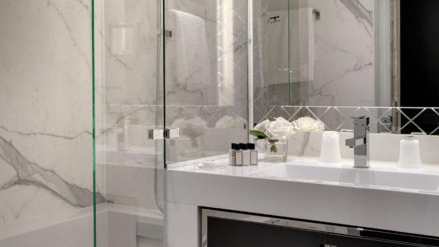 La salle de bain de ma chambre à la Villa Haussman