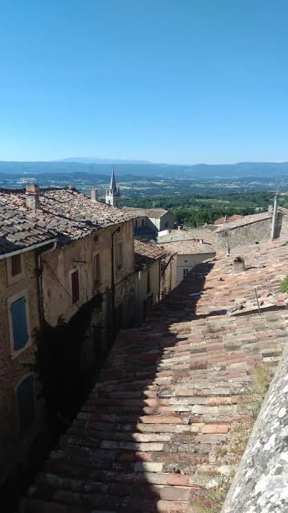 Arrêt à Bonnieux, un très beau village dans le Sud de la France
