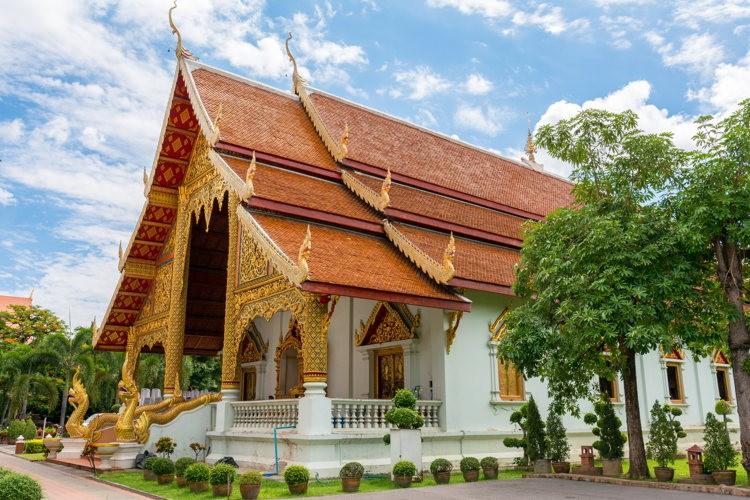 Au wat phra singh à Chiang Mai en Thailande