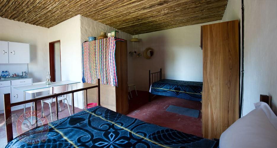 dormir dans un bidonville en afrique du sud. Black Bedroom Furniture Sets. Home Design Ideas