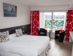 La Chambre de l'hôtel de Serge Blanco Thalasso and Spa à Hendaye
