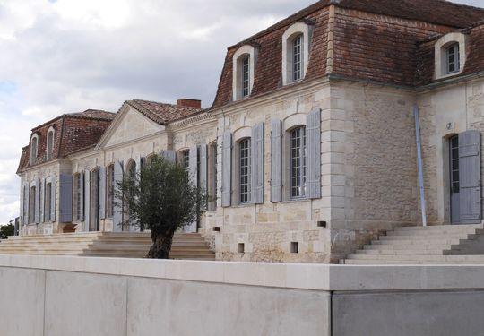 Le Château Prieuré Marquet près de St-Emilion