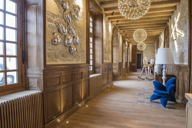 Le couloir du Château Prieuré Marquet