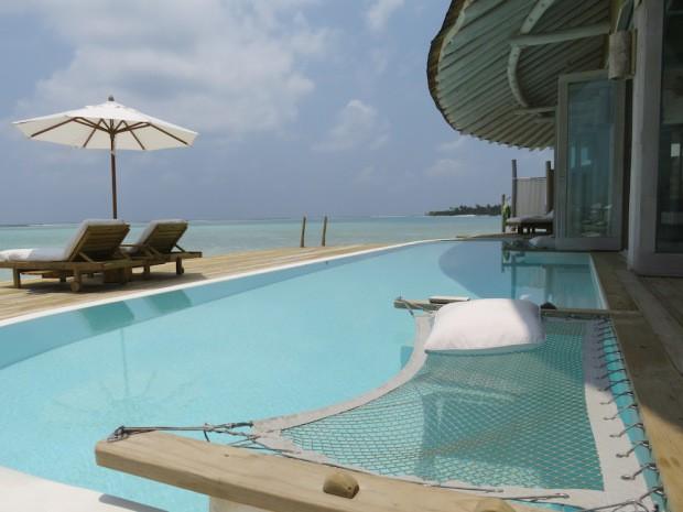 Bronzage obligatoire au Soneva Jani aux Maldives