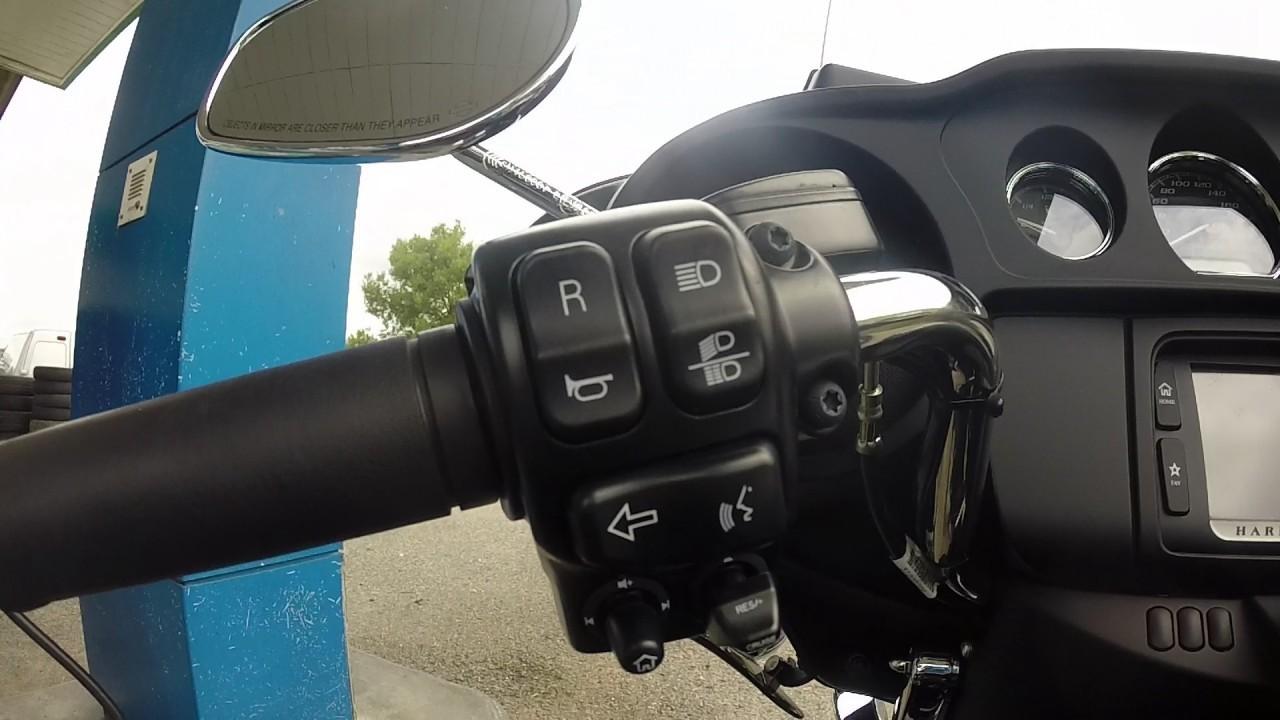 Aux commandes d'une Harley Davidson