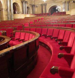 Découverte de l'hémicycle du Parlement de Catalogne